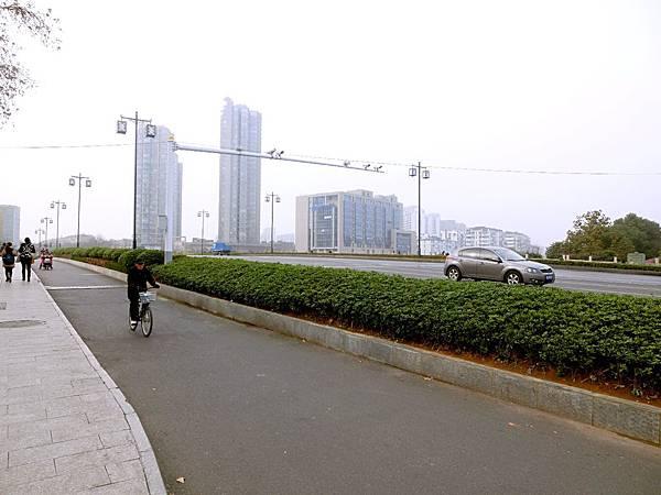 圖15 漢中門大橋