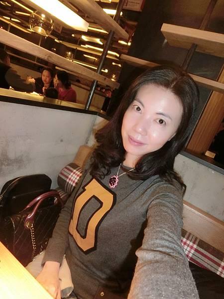 圖31 我在望湘園餐廳內
