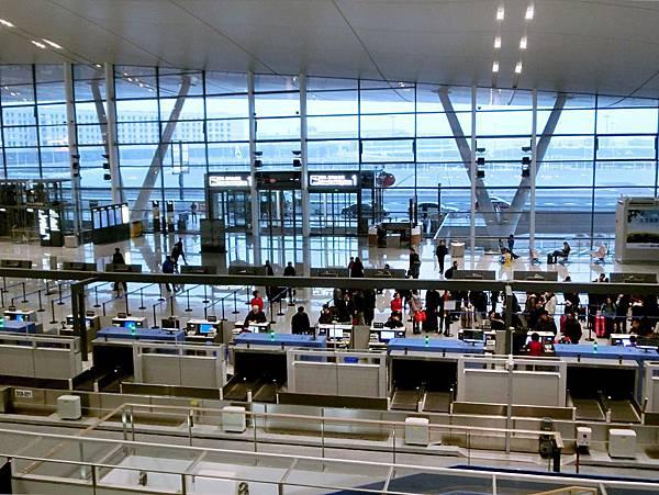 圖6 南京祿口國際機場煥然一新