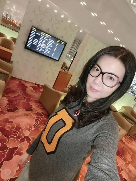 圖10 我在南京機場VIP室