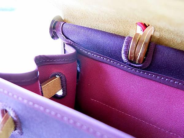 圖12 我的雙色Herbag Zip,外深紫內粉紅。