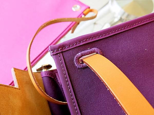 圖11 我的雙色Herbag Zip,外深紫內粉紅。