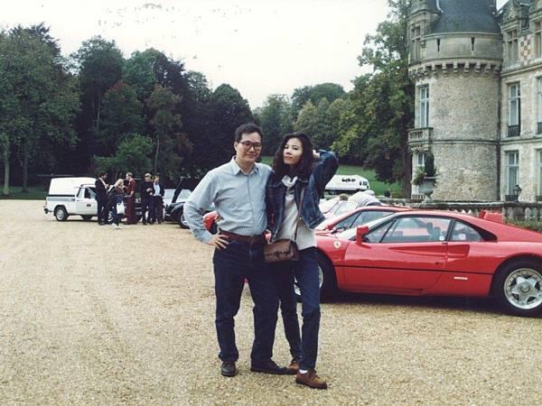 圖2 1993年我和咪呢到巴黎度蜜月,下榻古堡飯店。