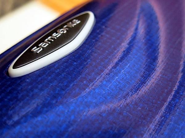 圖6 「Curv」的編織質感