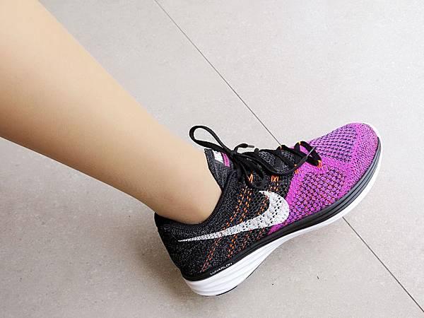 圖20 我和我的NIKE編織跑鞋