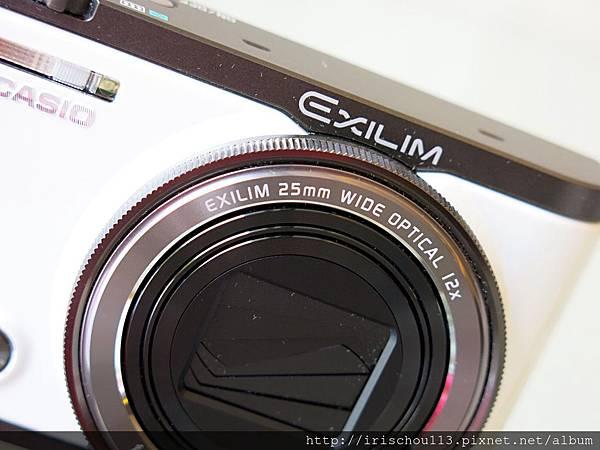 圖4 ZR3500廣角25mm,光學變焦12倍。規格比之前兩代稍差。.JPG