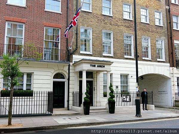 圖3 The Arch London外觀.jpg