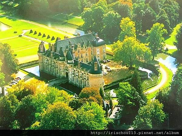 圖6 1993年Chateau d'Esclimont寄給我的照片.JPG