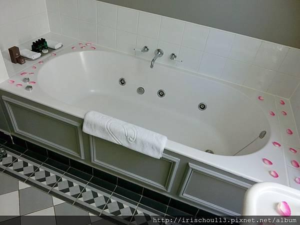 圖30 浴室內觀