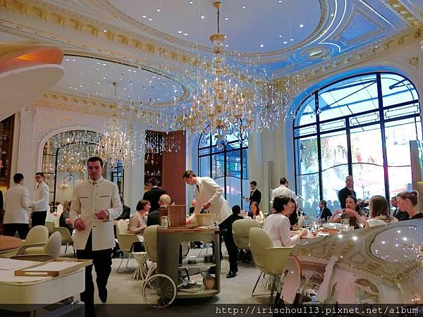 圖20 巴黎雅典娜酒店內的Alain Ducasse餐廳.jpg