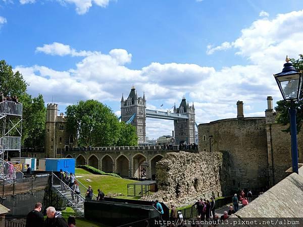 圖19 從倫敦塔看倫敦塔橋.jpg