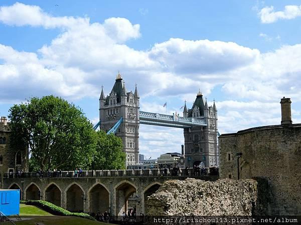 圖20 從倫敦塔看倫敦塔橋.jpg