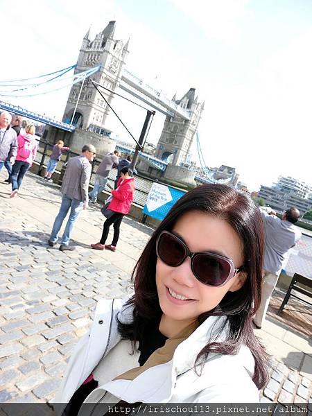 圖26 我在倫敦塔穚.jpg