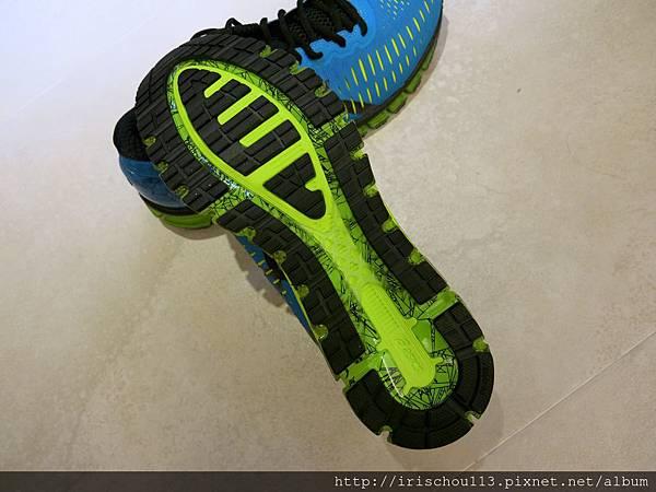 圖22 限量款(男)鞋底.jpg