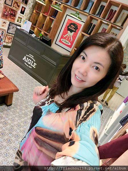 圖25 我在AIGLE旗艦店.jpg