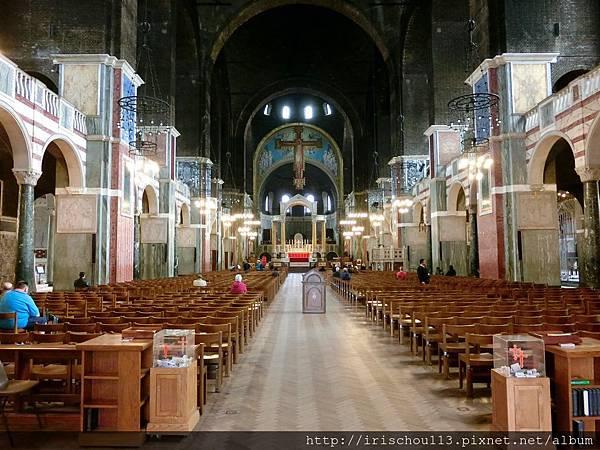圖41 西敏大教堂內觀.jpg