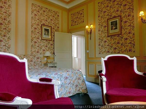 圖20 古堡客房.jpg