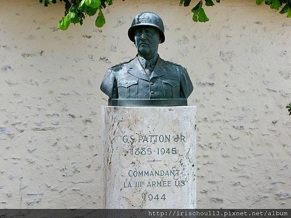 圖33 巴頓將軍銅像.jpg