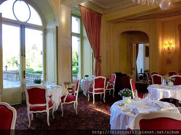 圖39 古堡內的法式餐廳.jpg