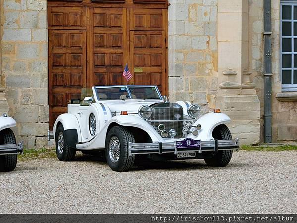 圖6 漂亮又神氣的古董車.jpg