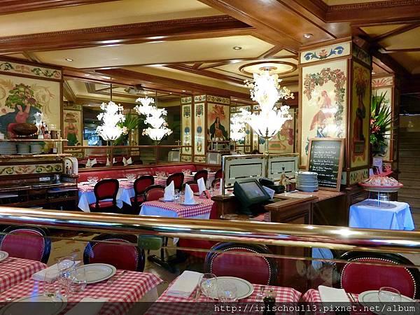 圖34 豬腳餐廳內觀.jpg