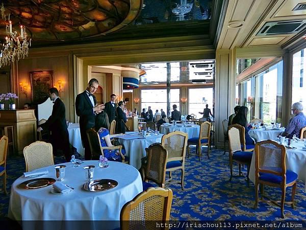圖19 銀塔餐廳內觀.jpg