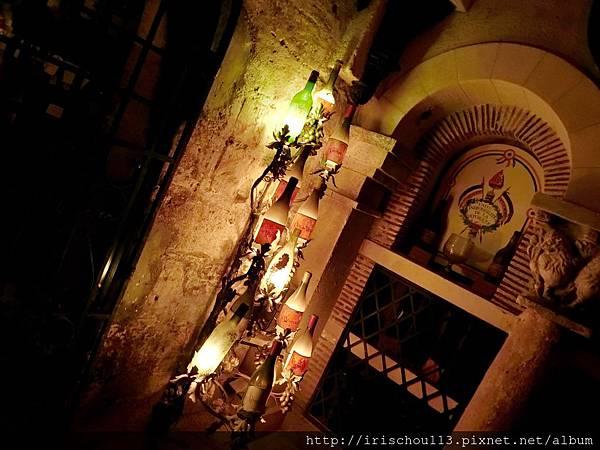 圖41 銀塔的酒窖.jpg