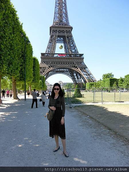 圖50 我在巴黎鐵塔.jpg
