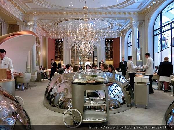 圖1 巴黎Alain Ducasse餐廳.jpg