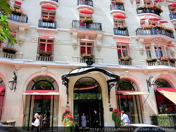 圖8 雅典娜酒店外觀