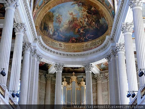 圖23 凡爾賽宮的天花板.jpg