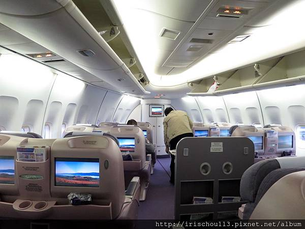 圖34 11月13日華航CI101 波音747機艙.jpg