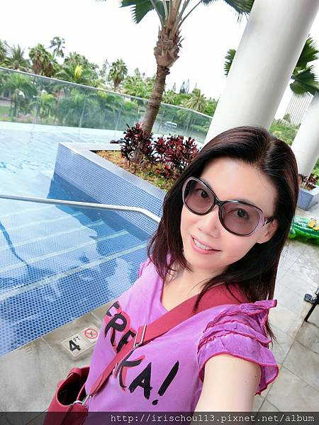 圖31 我在游泳池.jpg