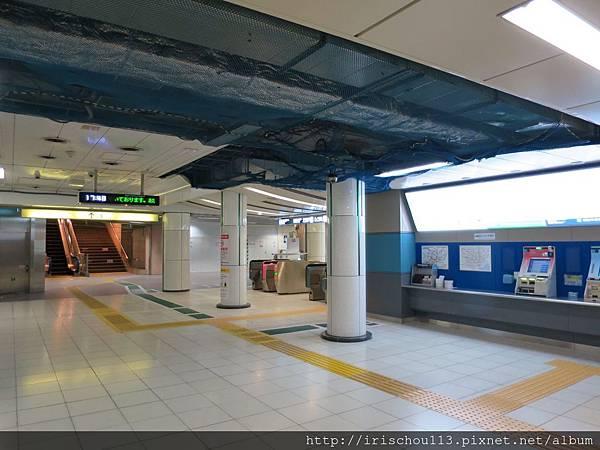 圖28 地鐵站內.jpg