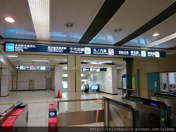 圖29 地鐵站內.jpg