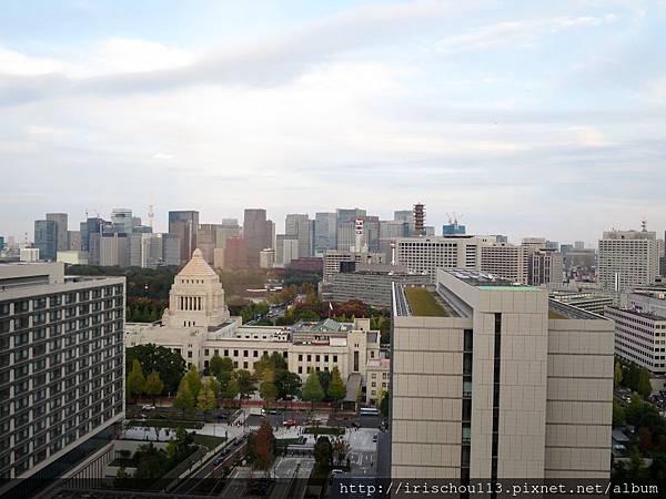 圖37 2102號房白天時的窗外景觀.jpg