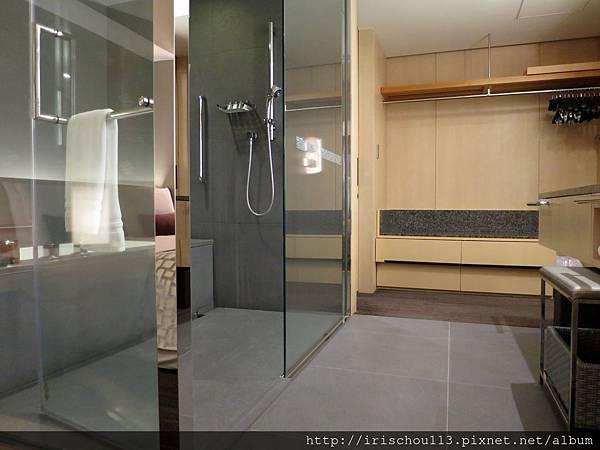 圖40 2102號房的浴室.jpg