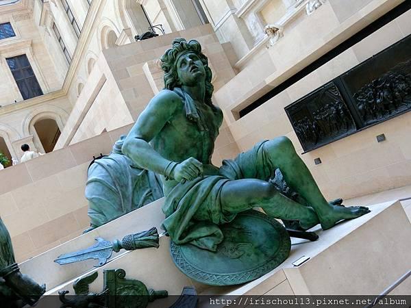 53)迷人的銅像.jpg