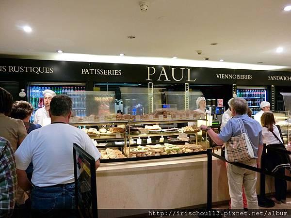 56)羅浮宮內的PAUL.jpg
