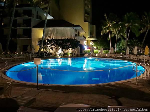 5) 哈利庫拉尼的泳池美的出名.jpg