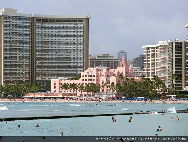 P14)夏威夷皇家Royal Hawaiian酒店外觀.jpg