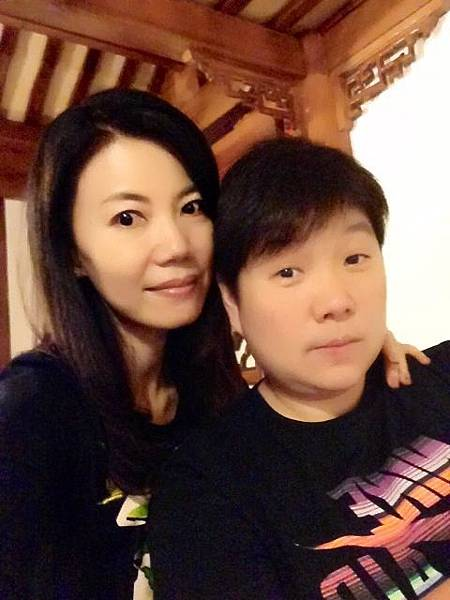 P1)我與我的好姊妹周雅聆.JPG