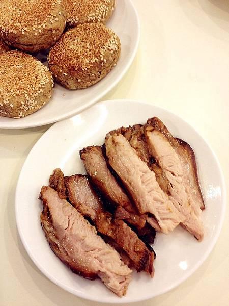 P6)搭配燒餅的醬肉.JPG