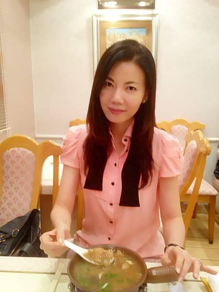 P1)我在頂上餐廳內.JPG