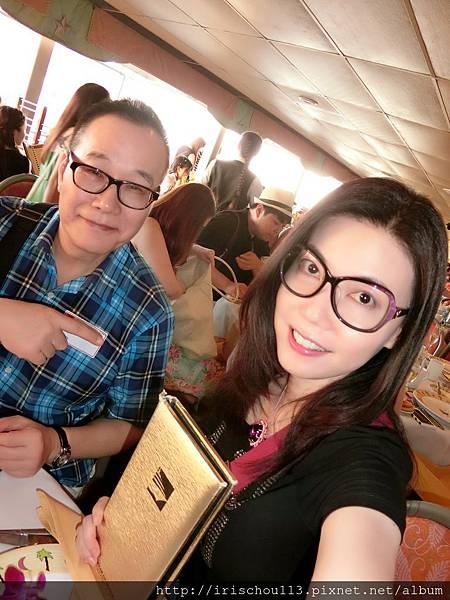 P16)我和咪呢在「愛之船」.jpg