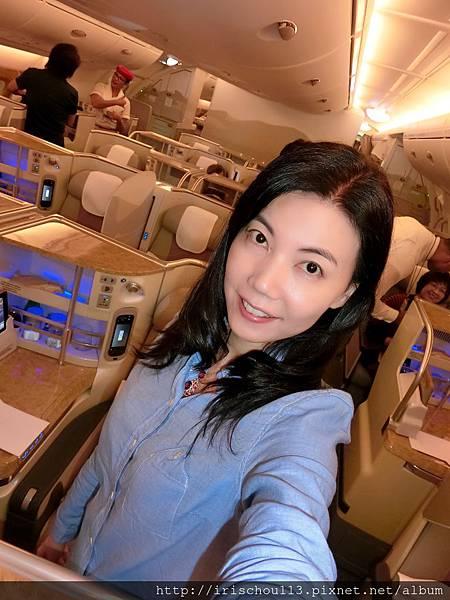 P6)我在A380商務艙內.jpg