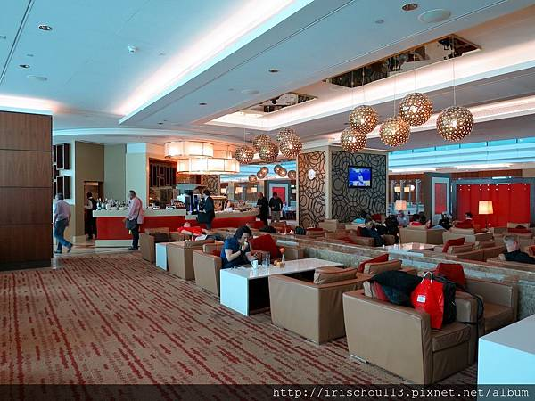 P14)杜拜機場VIP室.jpg