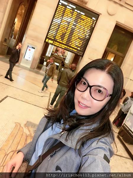 P10)5月4日我在米蘭中央車站.jpg