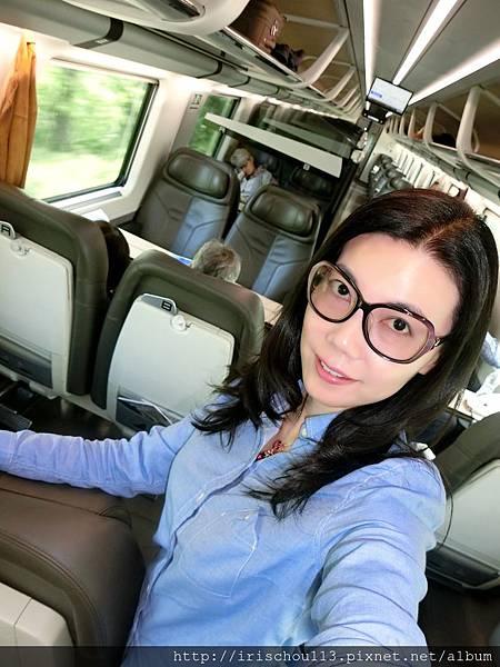 P20)5月5日我在「維羅納→威尼斯」的列車上.jpg