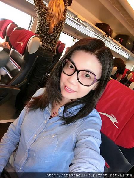 P24)5月8日我在法拉利列車上.jpg